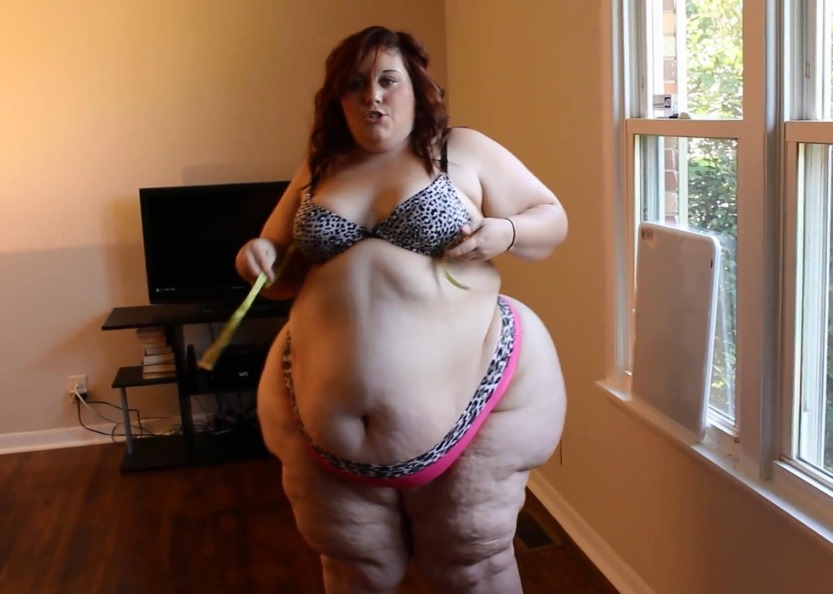 187 lbs of voyeur tan humiliation 3